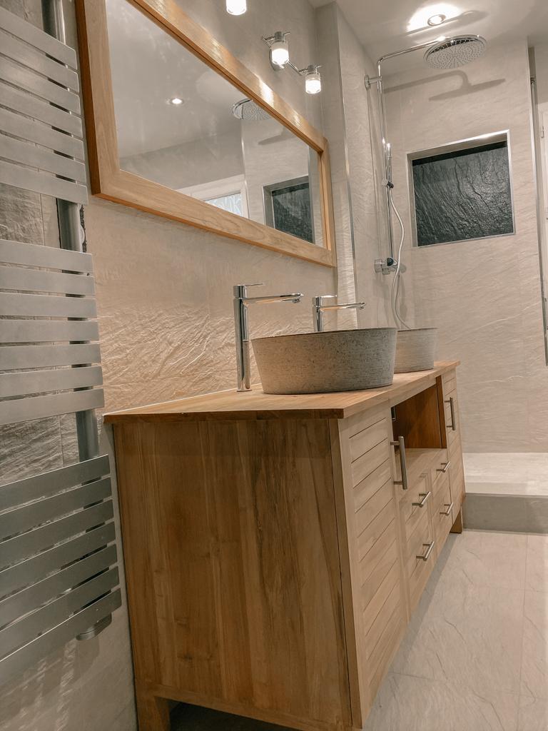 Salle de bain bois et pierre, Faïences beige et gris anthracite - Douche italienne - Essone - 91 - Ile de france